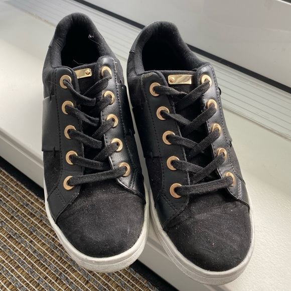 SUEDE BLACK LEATHER SNEAKERS